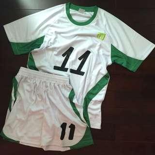 中西區足球隊全白色球衣短褲 一套14件 可拆售