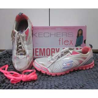 SKECHERS FLEX MEMORY FOAM