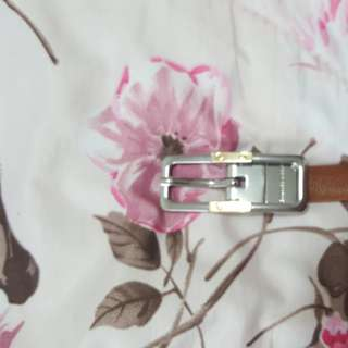 Lady belt by Charles and Keith