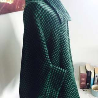 VINTAGE green and black Cape with small sleeves