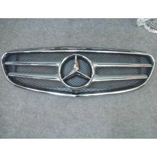 MERCEDES BENZ W212 FRONT GRILL