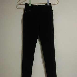 🚚 黑色彈性鉛筆褲
