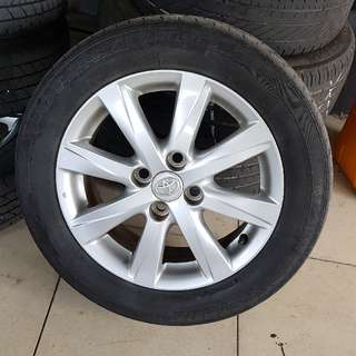 "Toyota original 15"" Rim sportrim with tyre"
