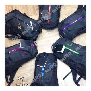 全場最平不死鳥 Arcteryx Arro 22 Backpack Black  戶外 Wtaps 背包 Y3 書包 行山 LV 背囊 旅行袋