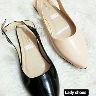 Sepatu lady