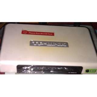TP-LINK TL-WR841N v5.2 300Mbps Wireless N Router