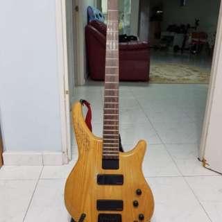 Status Energy 4 Bass Guitar