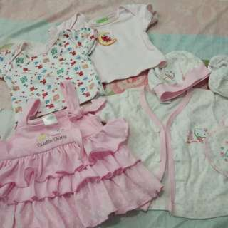 Baby girl size 0-3 months bundle tops