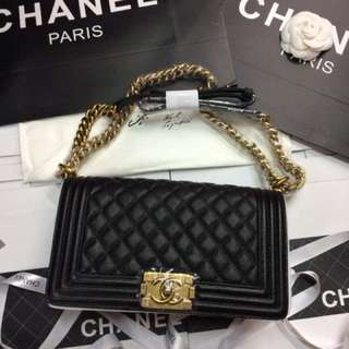 Chanel le boy old caviar