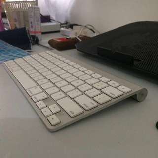 Apple Bluetooth Keyboard A1314
