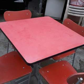Dining table 4 seaters