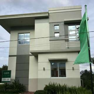 Brand New House iin Lot at Near Sm and Robinson Dasmariñas Cavite