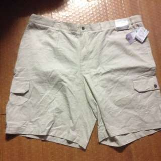 Shorts with tag 46 waistline