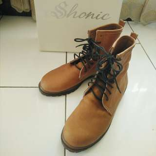 Kickers brown boots woman