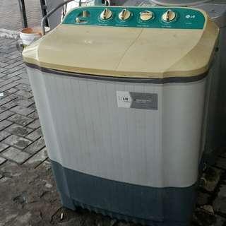 Mesin Cuci 2 Tabung LG, sehat, siap pakai