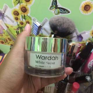 Wardah White Secret, Day Cream