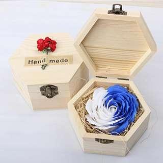 [送禮之選] 華麗香皂玫瑰*雪花藍 配木製禮盒
