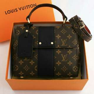 Louis Vuitton Bond Street Monogram Authentic