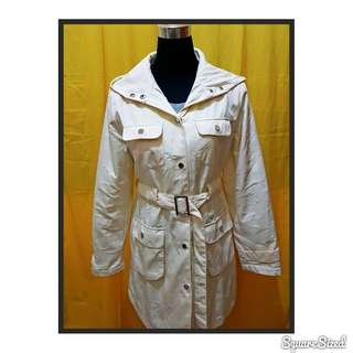 Trench dresscoat with hood