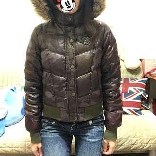 🚚 《二手變新歡》哆啦A夢聯名迷彩連帽羽絨外套