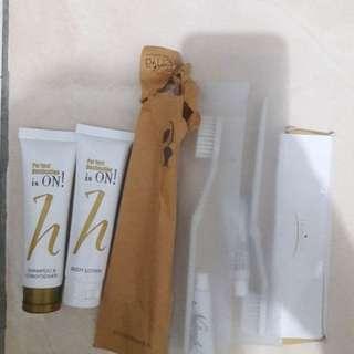 New Peralatan Mandi (Sampo,Sabun, Sikat Gigi dan Sisir)