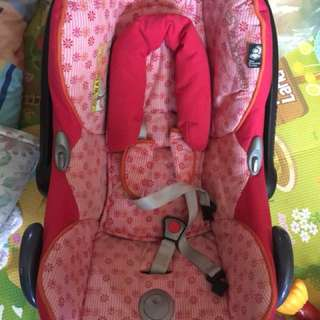maxicosi carseat carrier