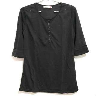 Phenomenal dark grey shirt