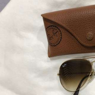 Ray ban gold brown authentic (mint condition)