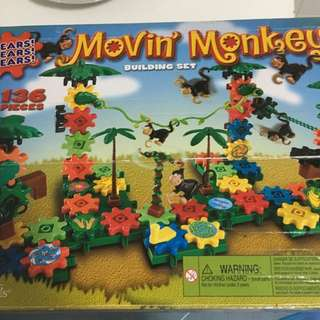 Gears Moving Monkey Building Set