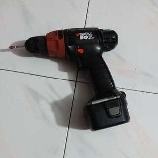 Cordless Drill - 12V Black & Decker