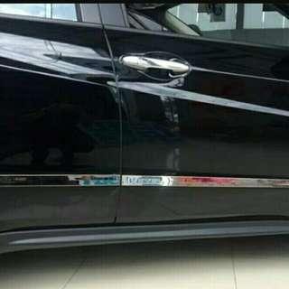 Honda vezel accessories  (side door streamer).