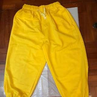 黃色三骨褲