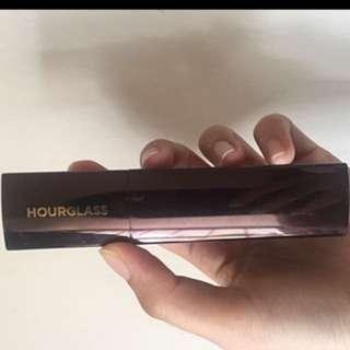Hourglass seamless finish foundation stick