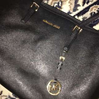 Micheal Kors Tote Large