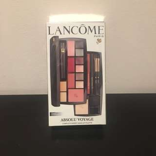Lancôme travel size make up kit