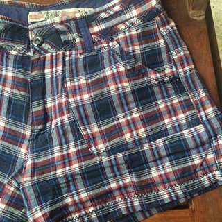 Checkered Shortpant