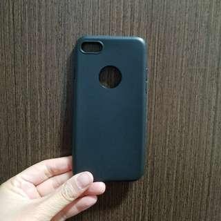 i phone 7 黑色機套(軟)
