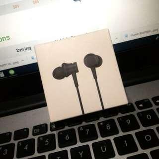 Xiaomi Piston Earphones (Matte Black)