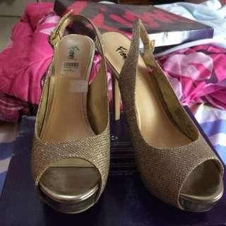 Wedding shoes #awaltahun