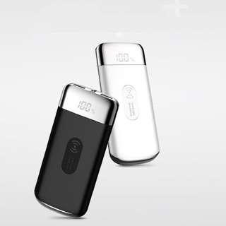 2018全新技術無線電源充電寶LED顯示屏 電筒照明 雙位USB有線快速充電 白色 10000mAh 2.1A LED Display Quick Fast Charge Wireless Charging With Torch Dual USB Port Mobile Portable Power Bank ( White Color ) For iPhone X 8 Plus Samsung Galaxy S8 Plus Note 8 Nokia LG HTC Huawei ( Joyroom )