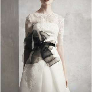 Vera wang white black ribbon 100% real