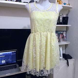 Yellow dotted petal lace mini dress