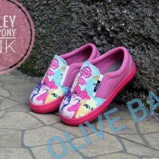 Kids Cartoon Design shoes