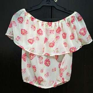 Floral Off-shoulder Top!