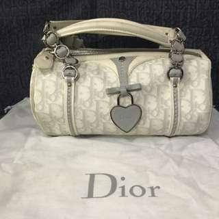 Dior 水桶袋24x12.5x13mm