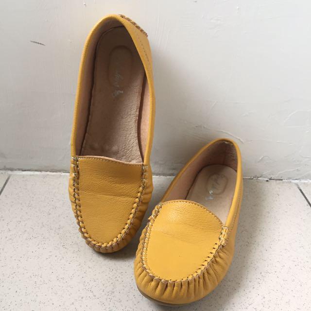 土黃森林系豆豆鞋