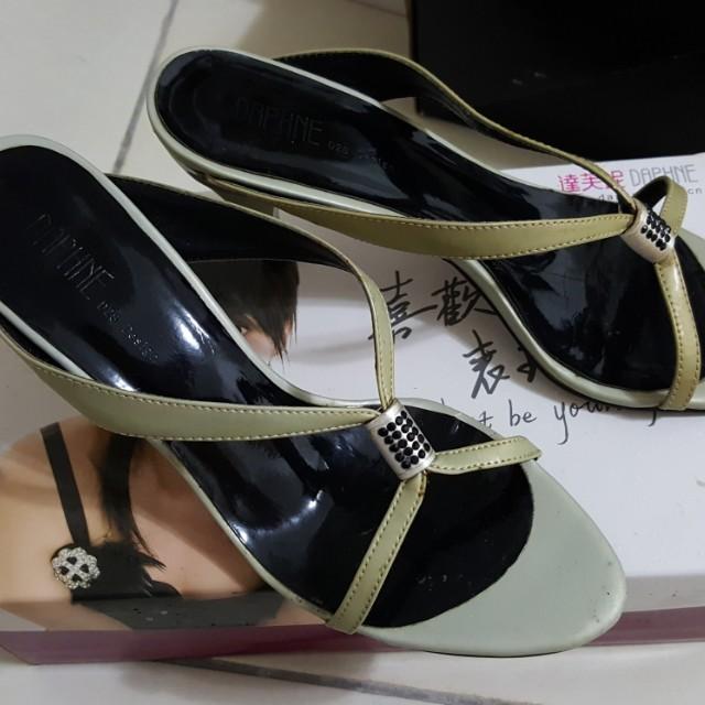 達芙妮涼鞋