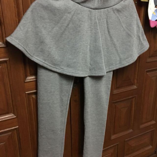 灰色刷毛內搭褲 假兩件內搭褲裙