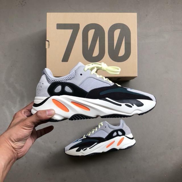 adidas waverunnner yeezy 700