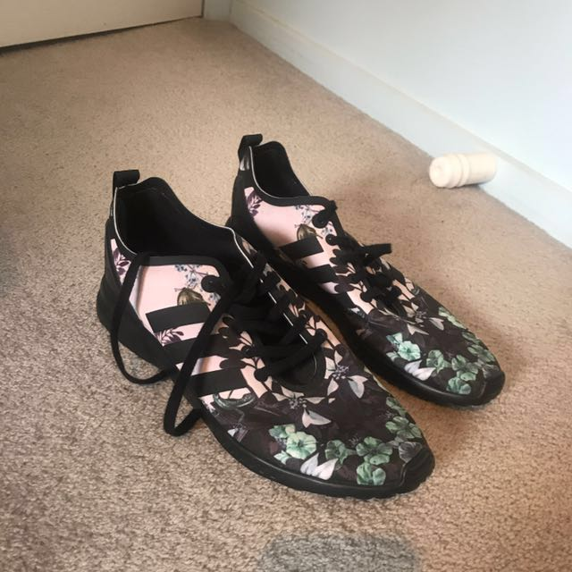 Adidas women's trainers size US 7